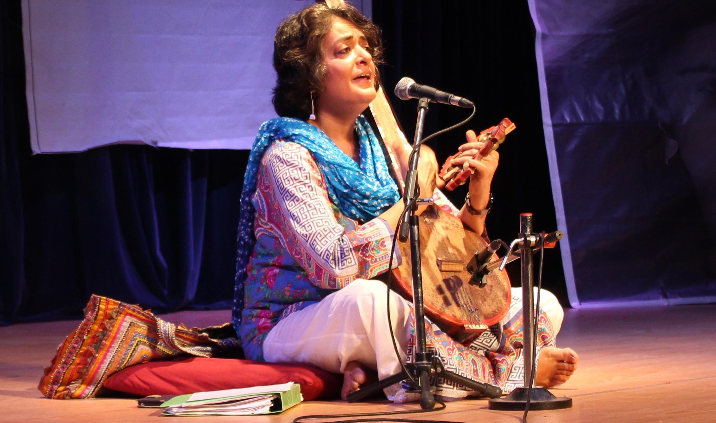 सुफी गायिका सबनम विरमानी। तस्बिर सौजन्यः सृष्टि जयना